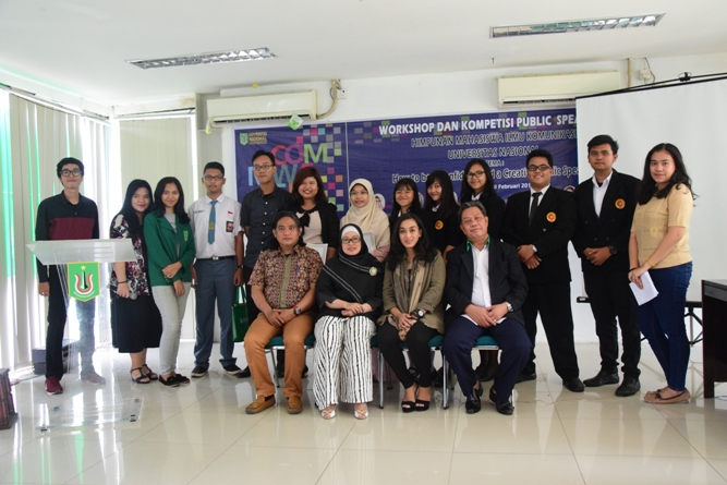 Workshop dan Kompetisi Public Speaking Hiasi Gelaran Comweeks 2017